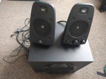 Logitech Z623 Speaker Set
