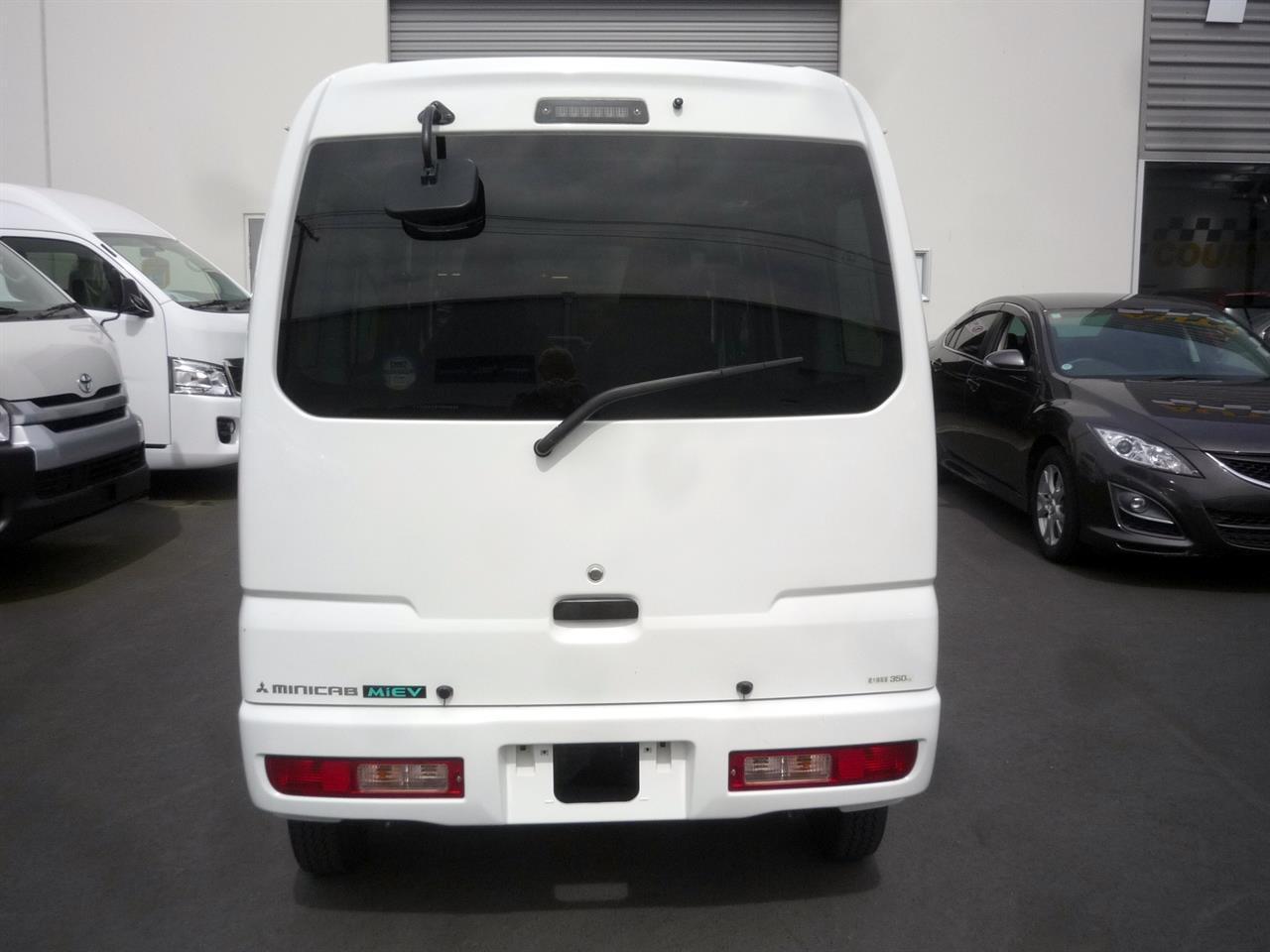 image-12, 2013 Mitsubishi MiniCab MiEV Electric Van at Dunedin