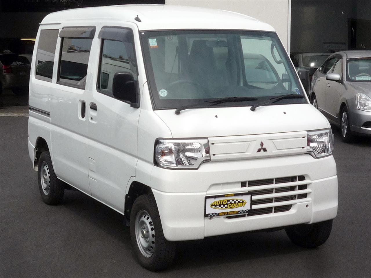 image-9, 2013 Mitsubishi MiniCab MiEV Electric Van at Dunedin