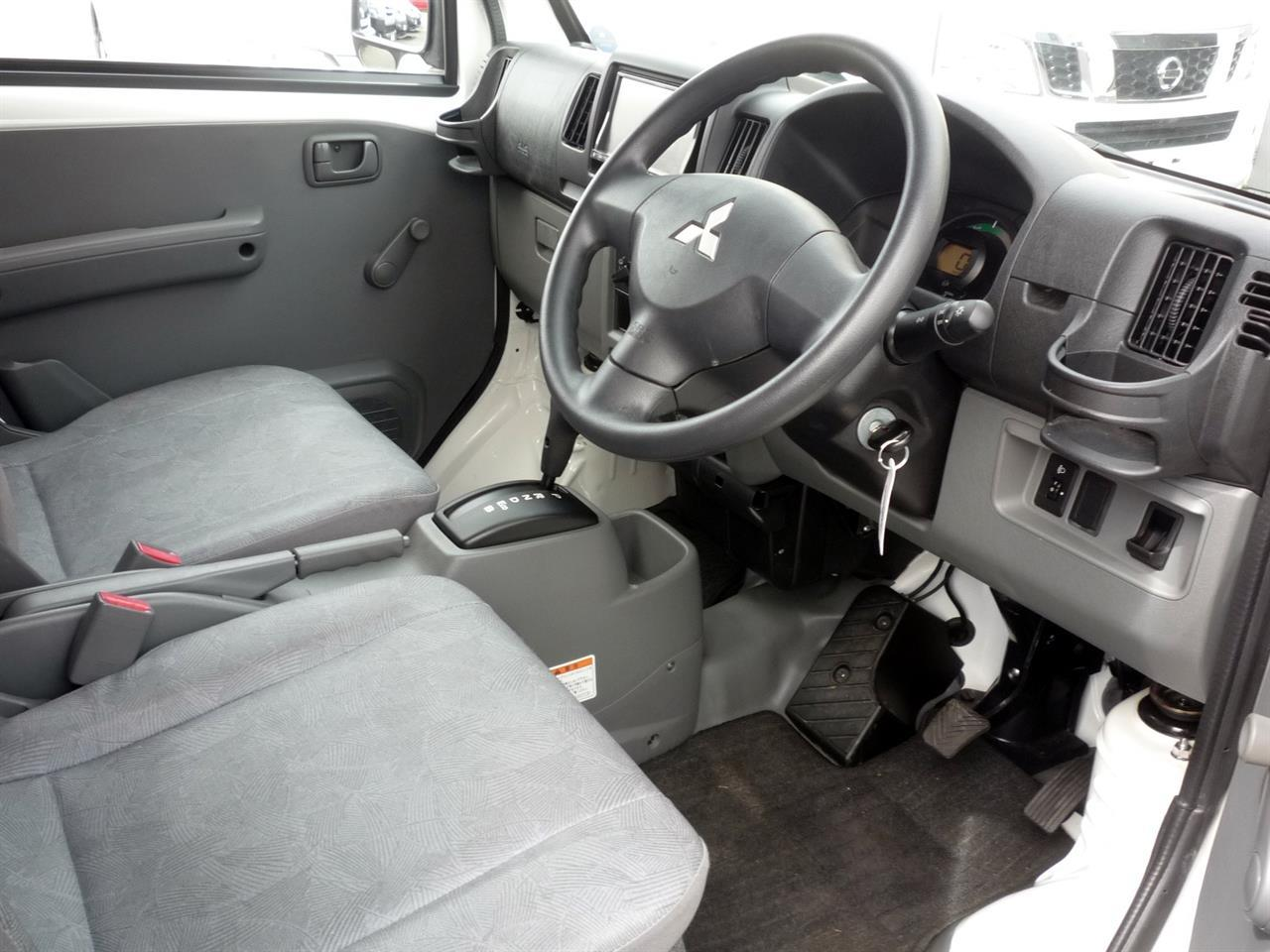 image-3, 2013 Mitsubishi MiniCab MiEV Electric Van at Dunedin
