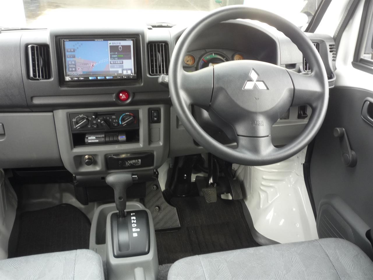 image-2, 2013 Mitsubishi MiniCab MiEV Electric Van at Dunedin