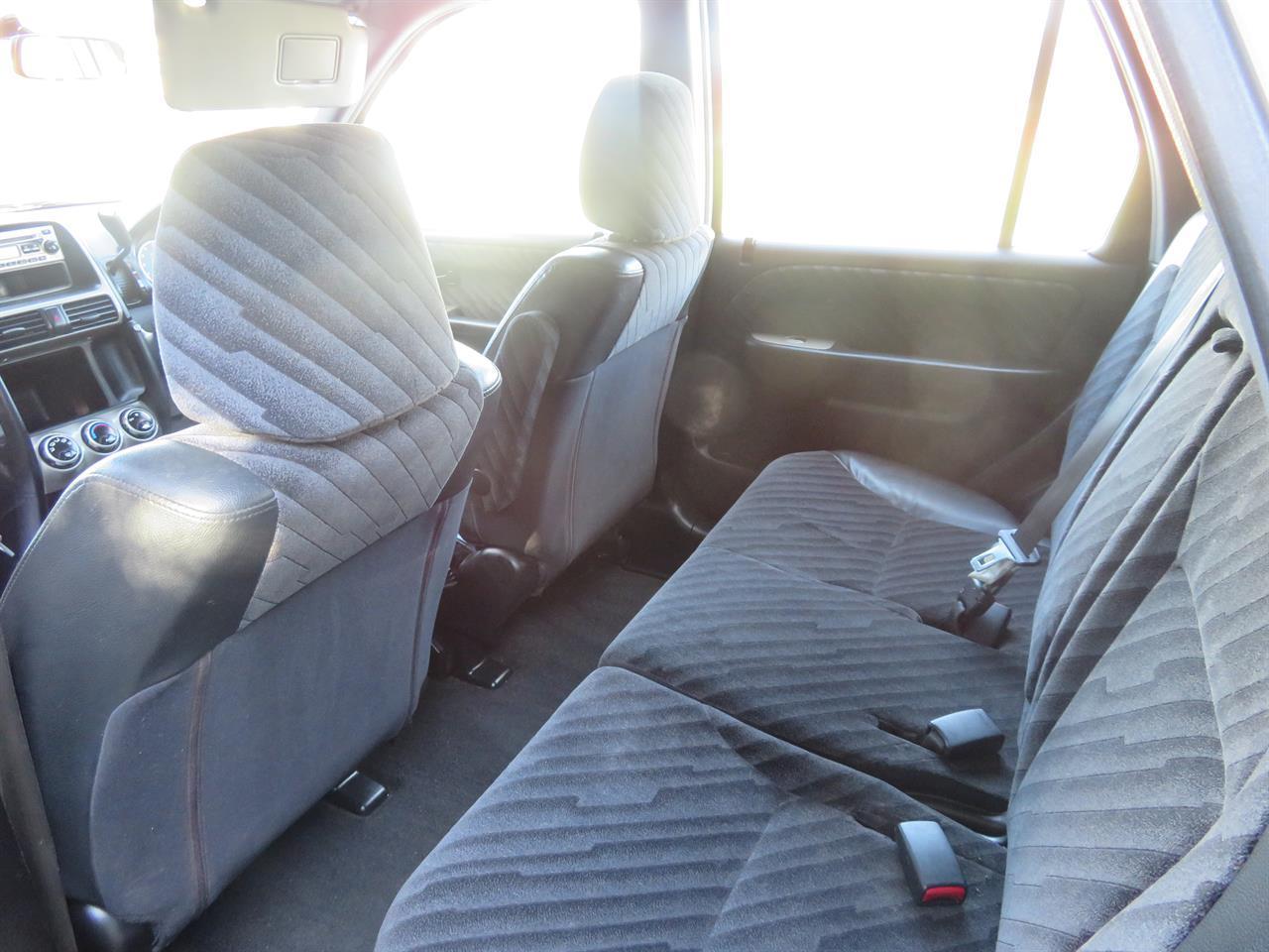 image-6, 2002 Honda CR-V AWD at Gore