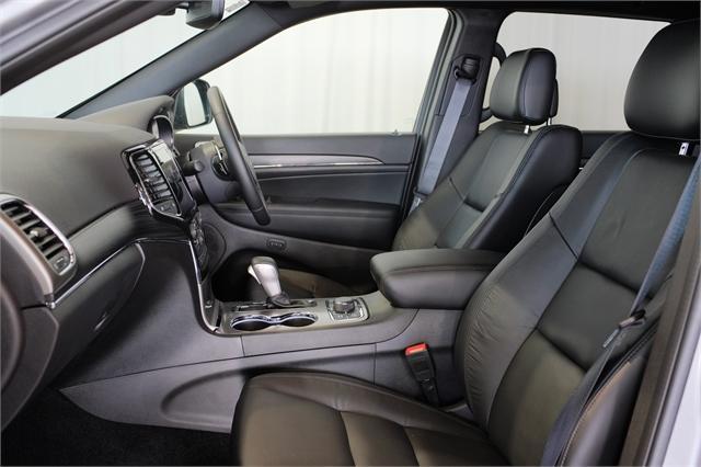 image-9, 2021 Jeep Grand Cherokee Limited 3.0L Diesel at Dunedin