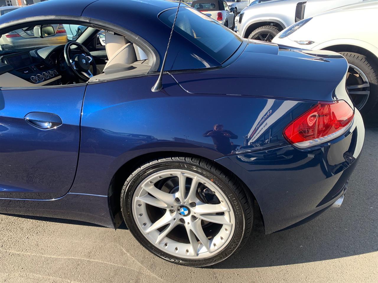 image-5, 2009 BMW Z4 SDrive Hardtop New Shape Convertible at Christchurch