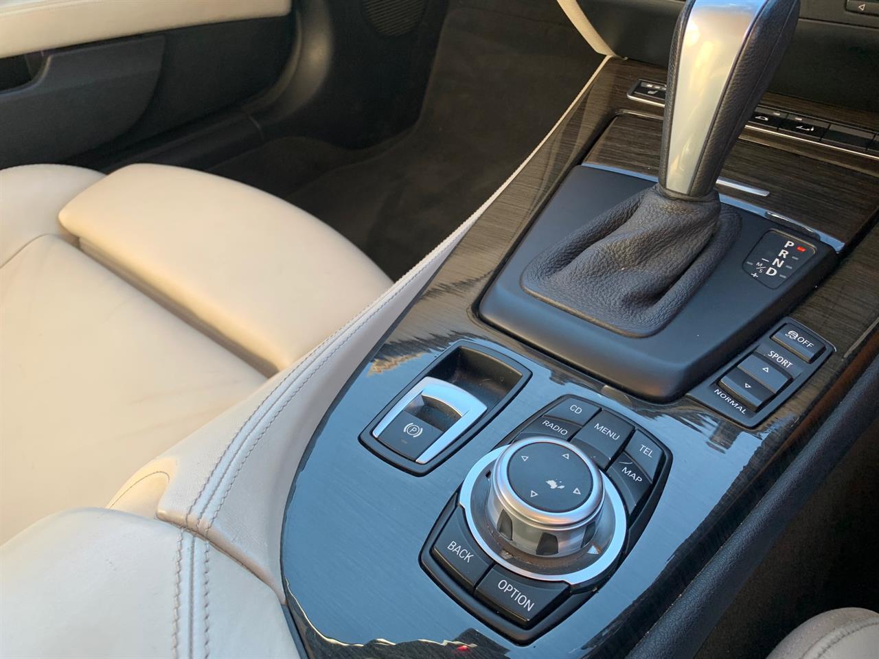 image-9, 2009 BMW Z4 SDrive Hardtop New Shape Convertible at Christchurch