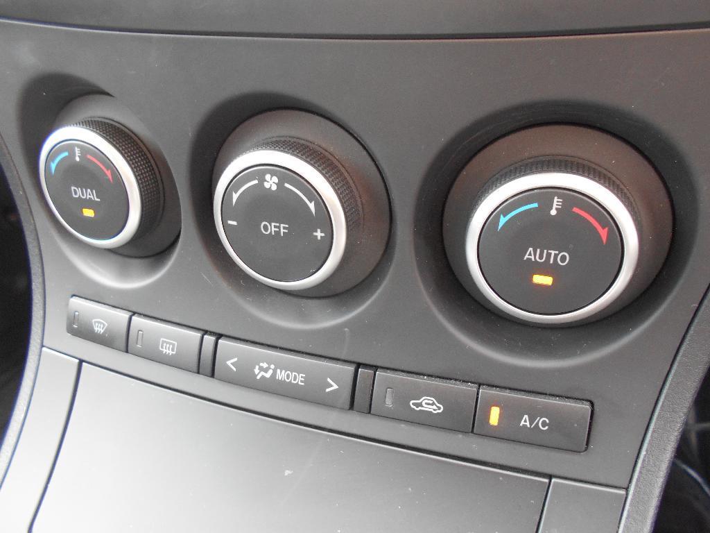 image-14, 2012 Mazda AXELA 2.0 Auto Hatch at Dunedin