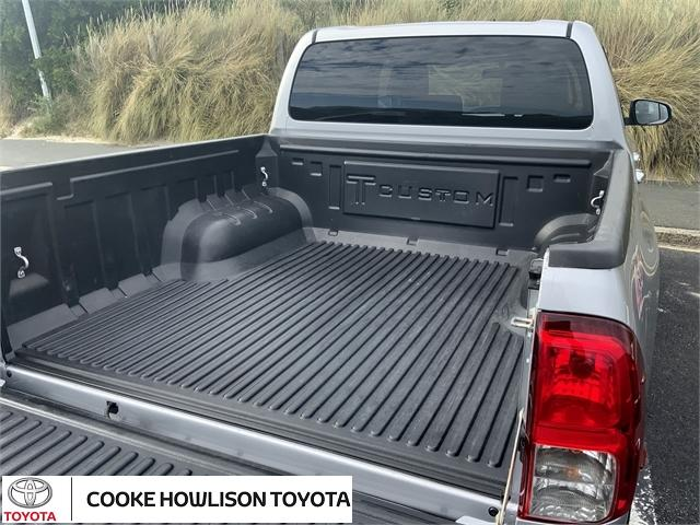 image-6, 2017 Toyota Hilux 4WD SR5 LIMITED 2.8DT DOUBLE CAB at Dunedin