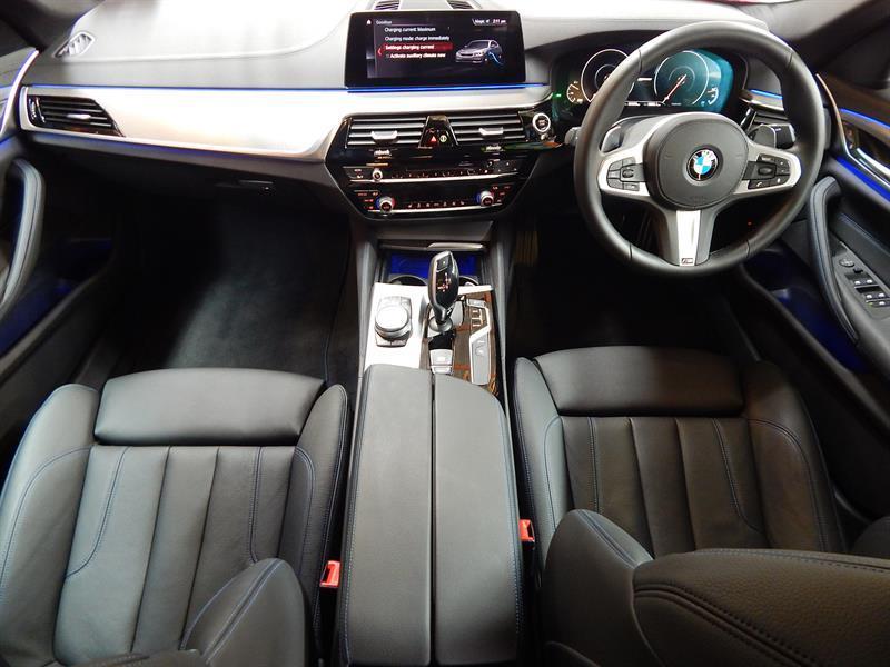 image-8, 2019 BMW 530e M-Sport at Christchurch