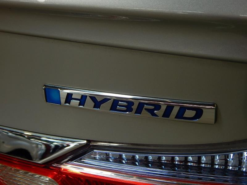 image-17, 2015 Honda Grace Hybrid at Christchurch