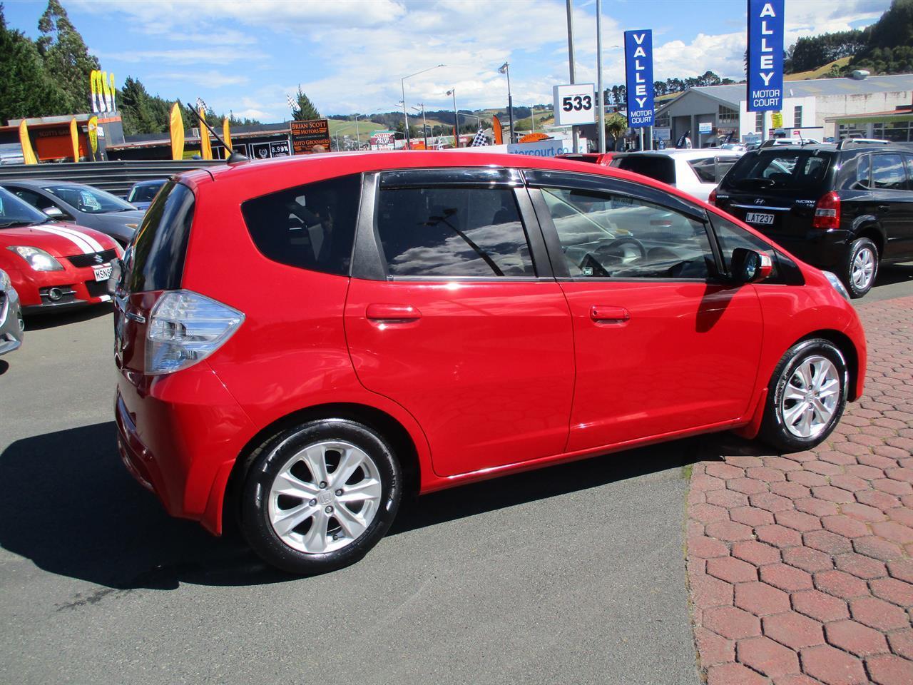 image-3, 2011 Honda Fit Hybrid at Dunedin