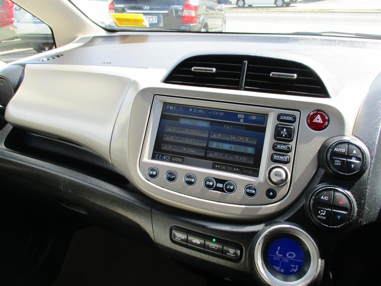 image-19, 2011 Honda Fit Hybrid at Dunedin