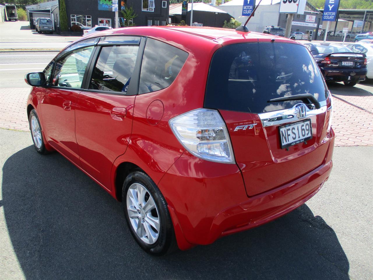 image-6, 2011 Honda Fit Hybrid at Dunedin