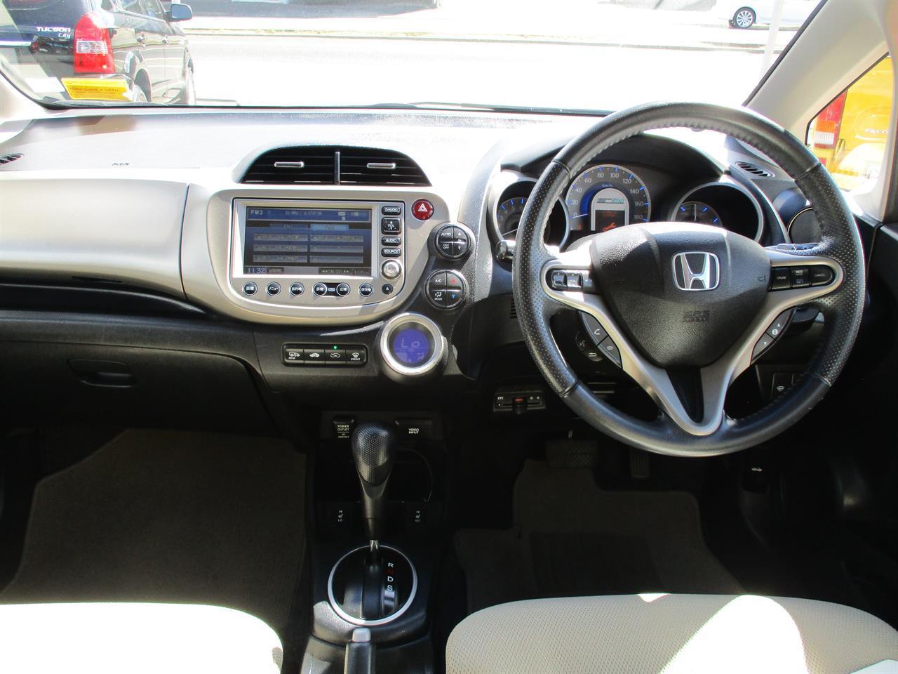 image-14, 2011 Honda Fit Hybrid at Dunedin
