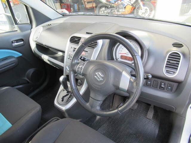 image-11, 2012 Suzuki Splash hatch at Dunedin