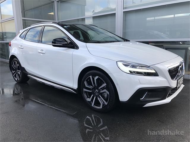 2017 Volvo V40 Cross Country T5 Inscription Petrol For Sale In