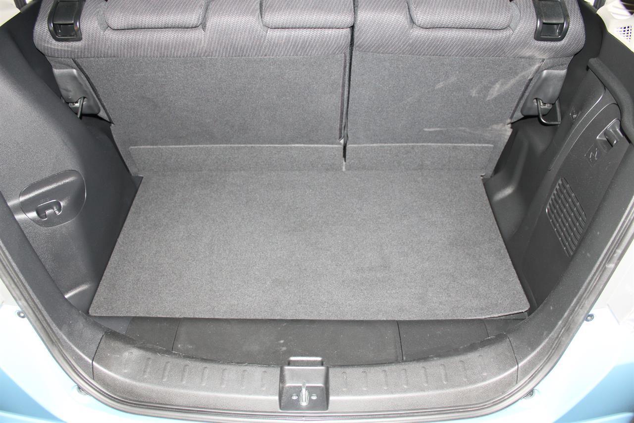 image-14, 2012 Honda Fit Hybrid XH Selection at Christchurch