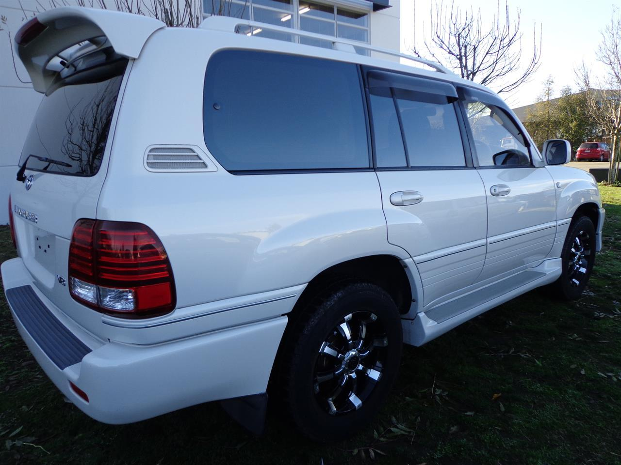 image-3, 2000 Toyota Land Cruiser 100 VX Limited G Selectio at Christchurch