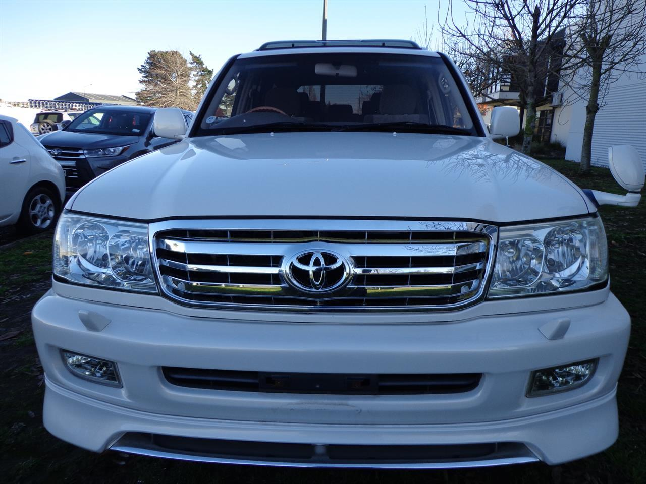 image-8, 2000 Toyota Land Cruiser 100 VX Limited G Selectio at Christchurch