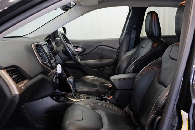image-9, 2015 Jeep Cherokee Limited 2.0L Diesel 9 Speed Aut at Dunedin