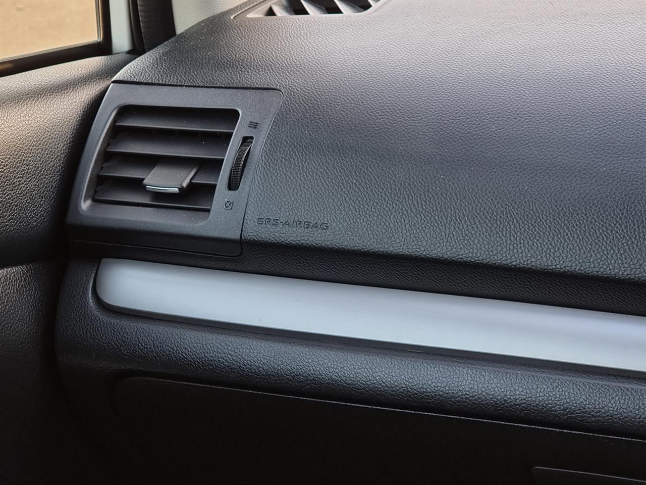 image-15, 2014 Subaru XV Hybrid 4WD at Christchurch