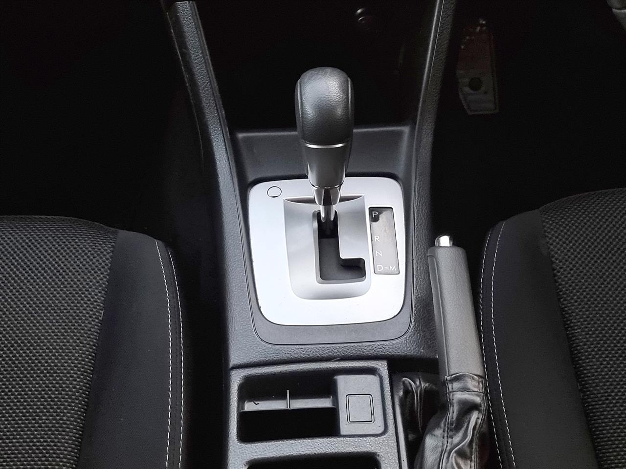image-14, 2014 Subaru XV Hybrid 4WD at Christchurch