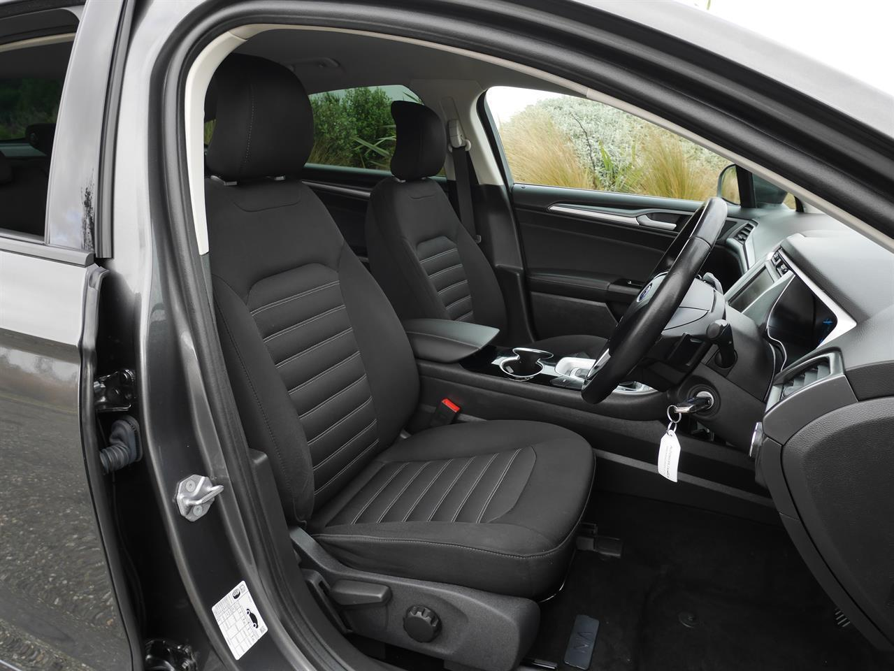 image-5, 2016 FORD MONDEO Ambiente 2.0p Ecoboost Hatch - NZ at Invercargill