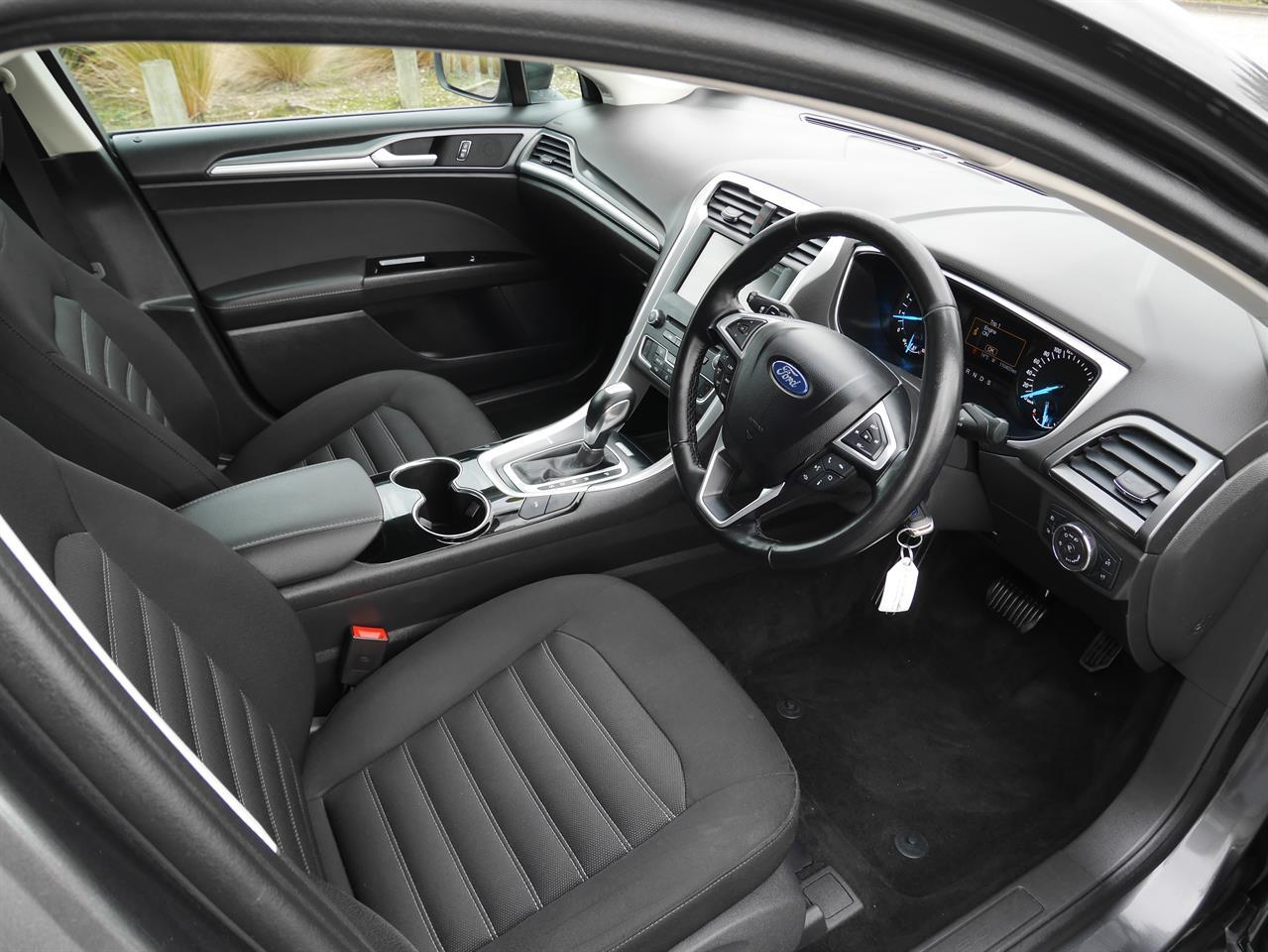 image-4, 2016 FORD MONDEO Ambiente 2.0p Ecoboost Hatch - NZ at Invercargill