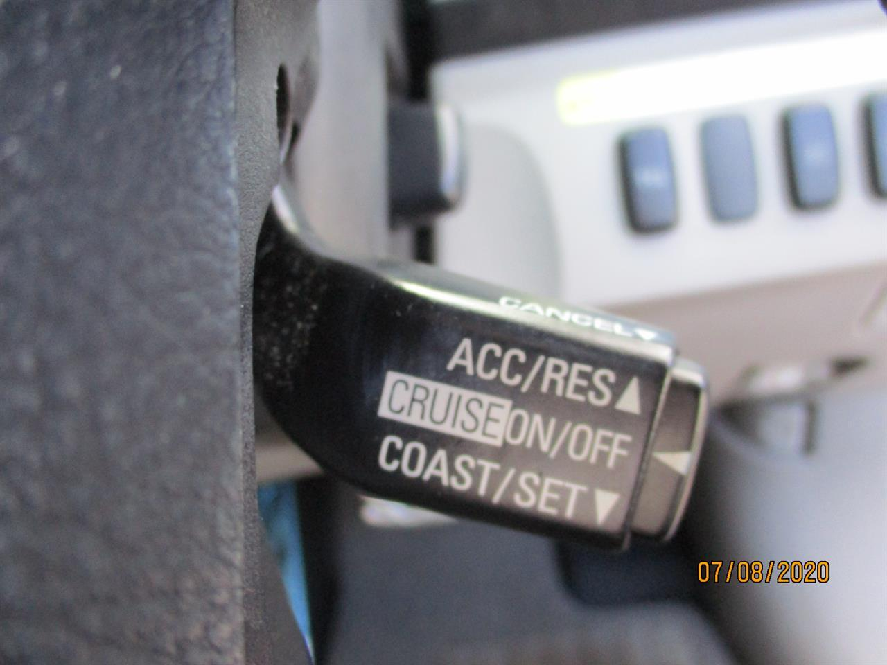 image-10, 2007 Mitsubishi Grandis 2.4 7 seater at Dunedin