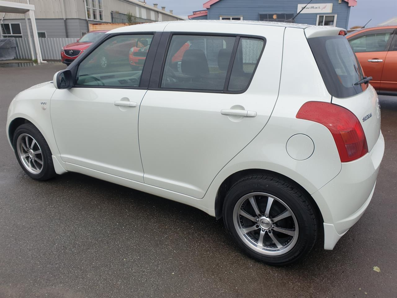image-5, 2007 Suzuki Swift GLXHA 1.5 5DR at Greymouth