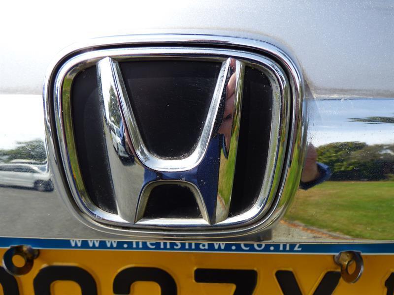 image-11, 2006 Honda CR-V at Timaru