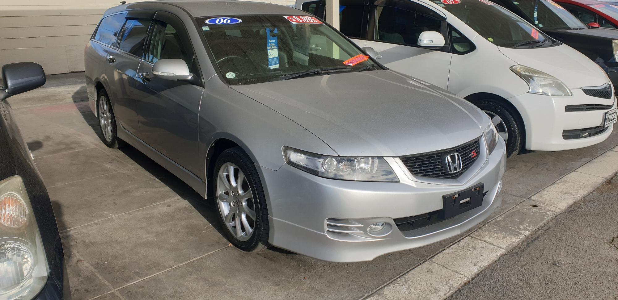 image-0, honda accord wagon at Timaru
