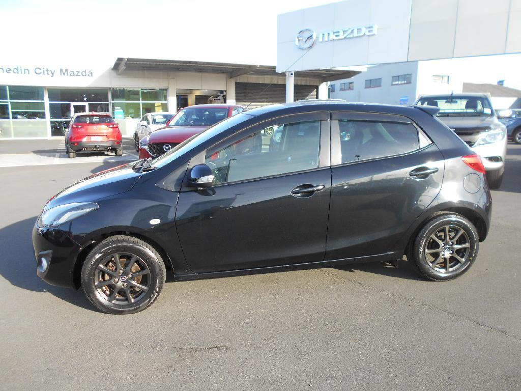 image-5, 2013 Mazda Demio 1.3 Auto Hatch Alloys at Dunedin