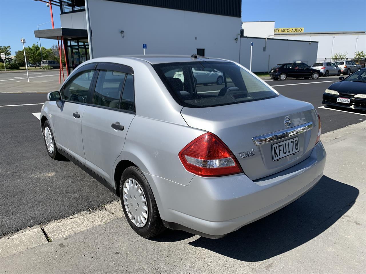 image-6, 2011 Nissan Tiida LATIO SILVER SALOON at Christchurch
