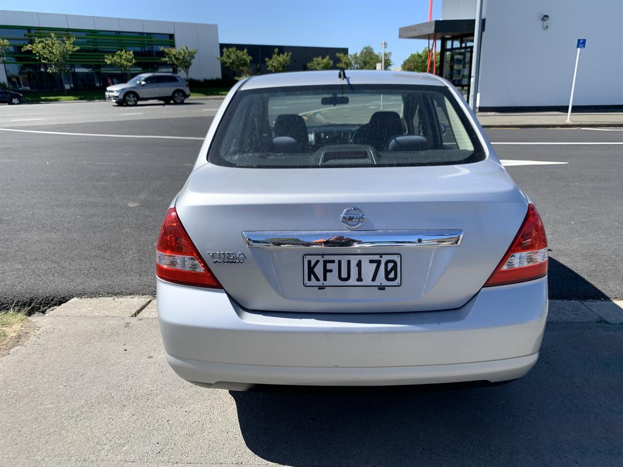 image-5, 2011 Nissan Tiida LATIO SILVER SALOON at Christchurch