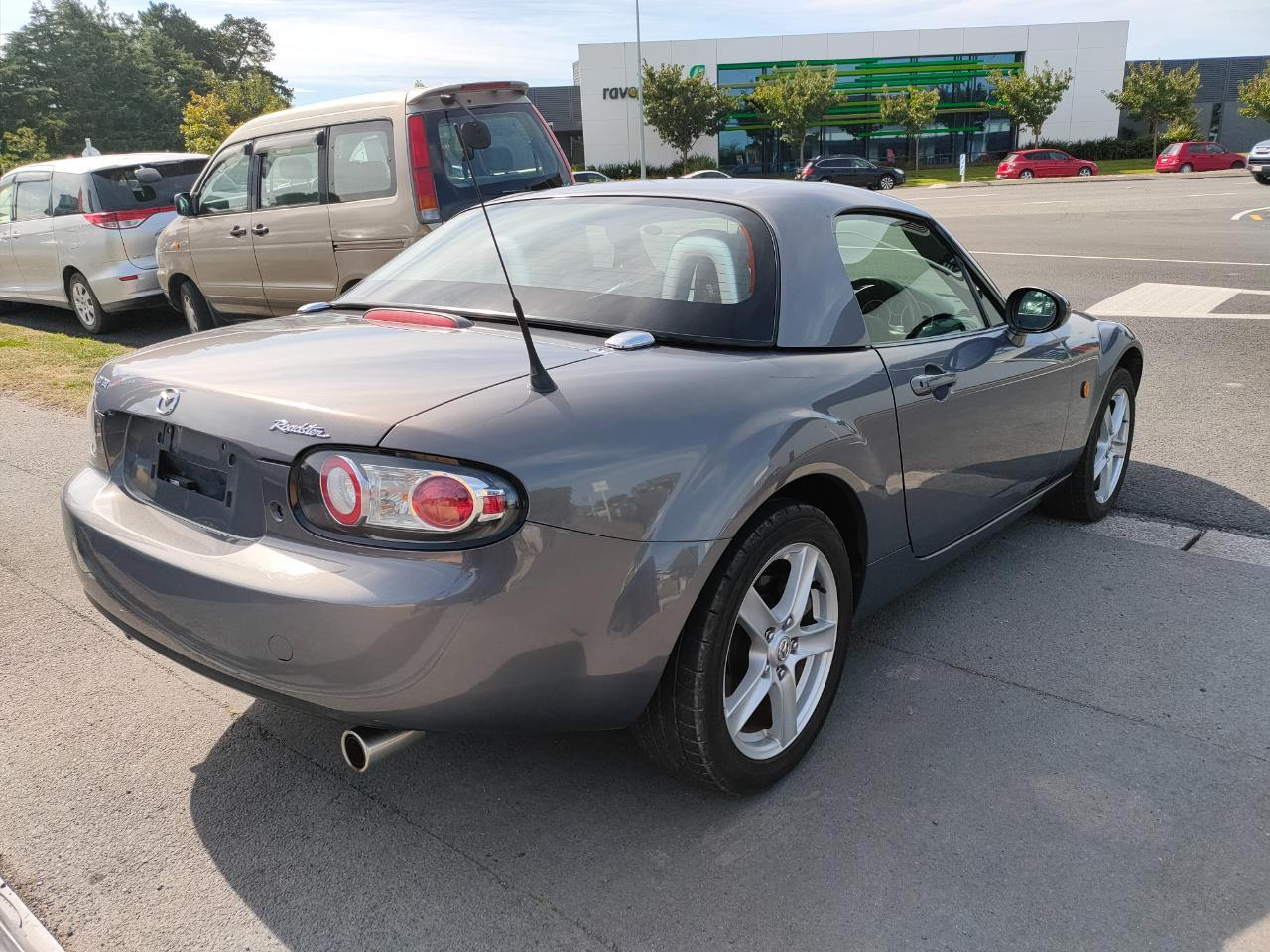 image-5, 2006 Mazda Roadster at Christchurch