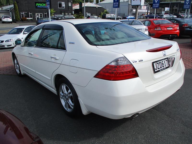 image-6, 2006 HONDA ACCORD Inspire V6 at Dunedin