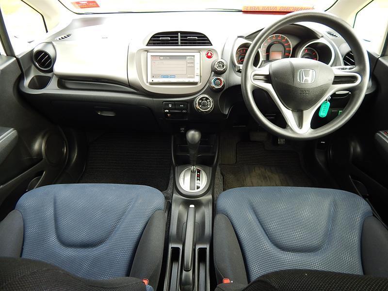 image-7, 2011 Honda FIT at Christchurch