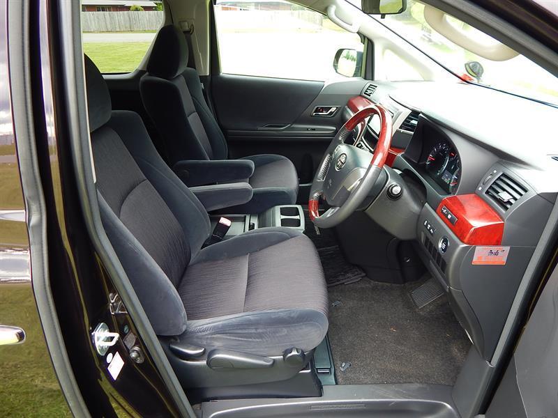 image-14, 2009 Toyota Vellfire Z at Christchurch