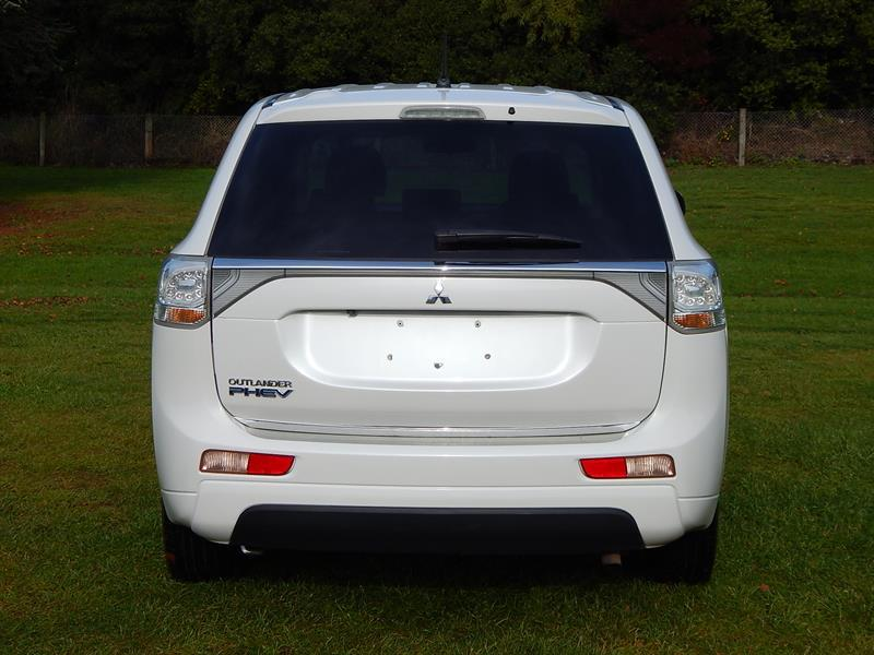 image-4, 2013 Mitsubishi Outlander PHEV(Plug-in Hybrid) at Christchurch