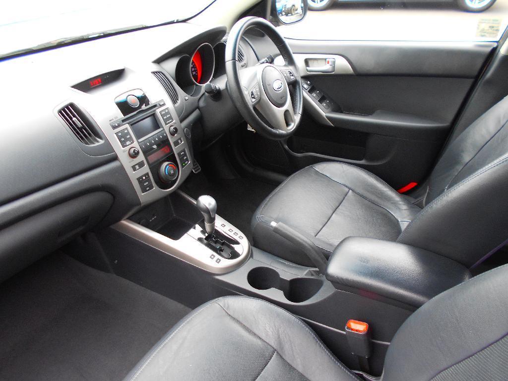 image-5, 2009 Kia Cerato 2.0 PETROL AUTO SX at Dunedin