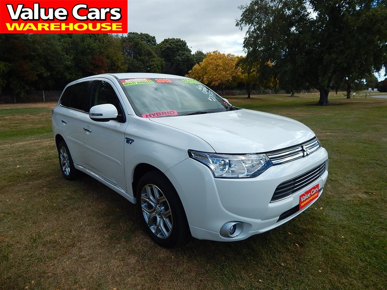 image-0, 2013 Mitsubishi Outlander PHEV(Plug-in Hybrid) at Christchurch