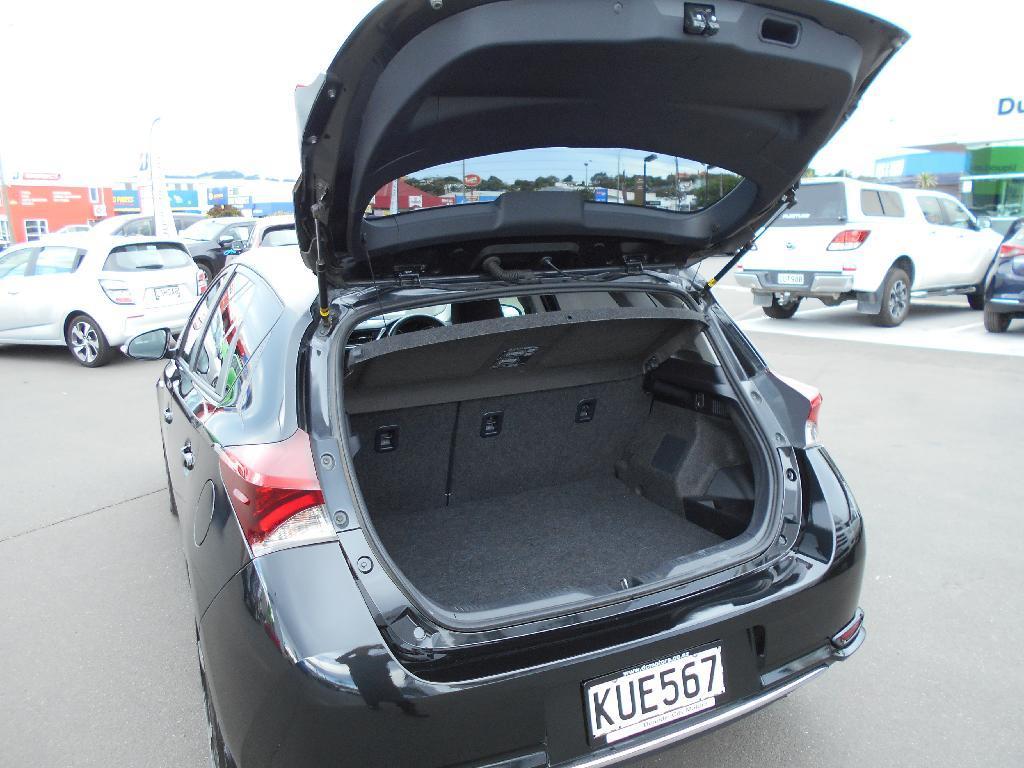 image-3, 2017 Toyota Corolla Hybrid 1.8ph/cvt at Dunedin