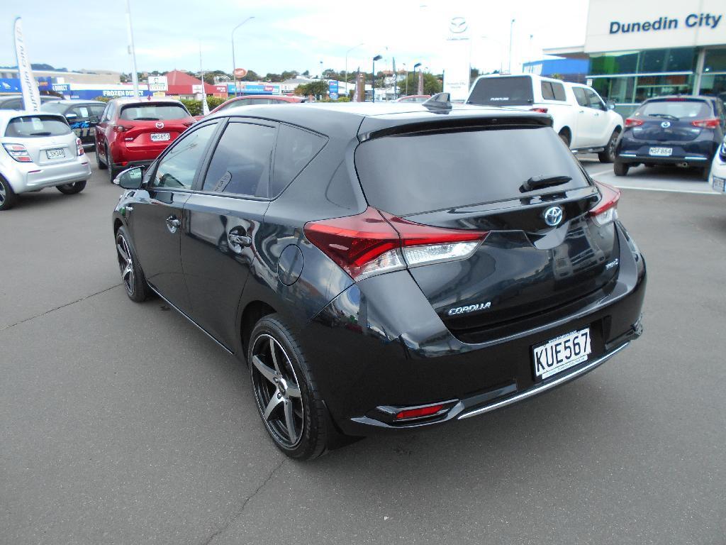 image-2, 2017 Toyota Corolla Hybrid 1.8ph/cvt at Dunedin