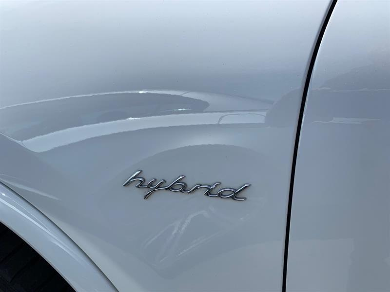 image-6, 2013 Porsche Cayenne S Hybrid at Christchurch