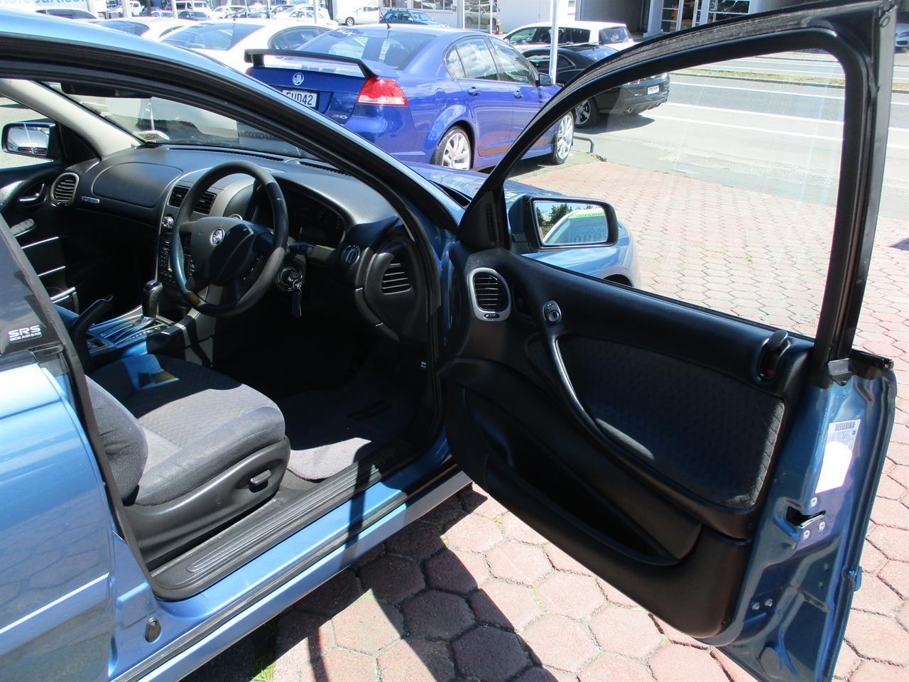image-13, 2005 Holden Commodore VZ Acclaim at Dunedin