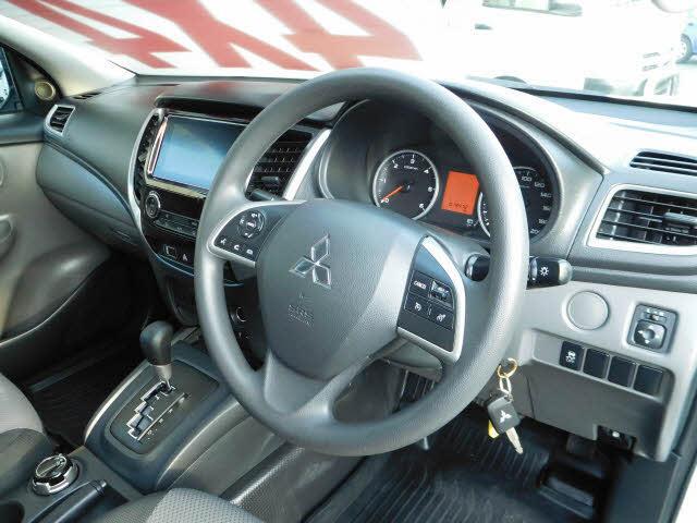 image-12, 2017 Mitsubishi TRITON GLX 4WD at Dunedin