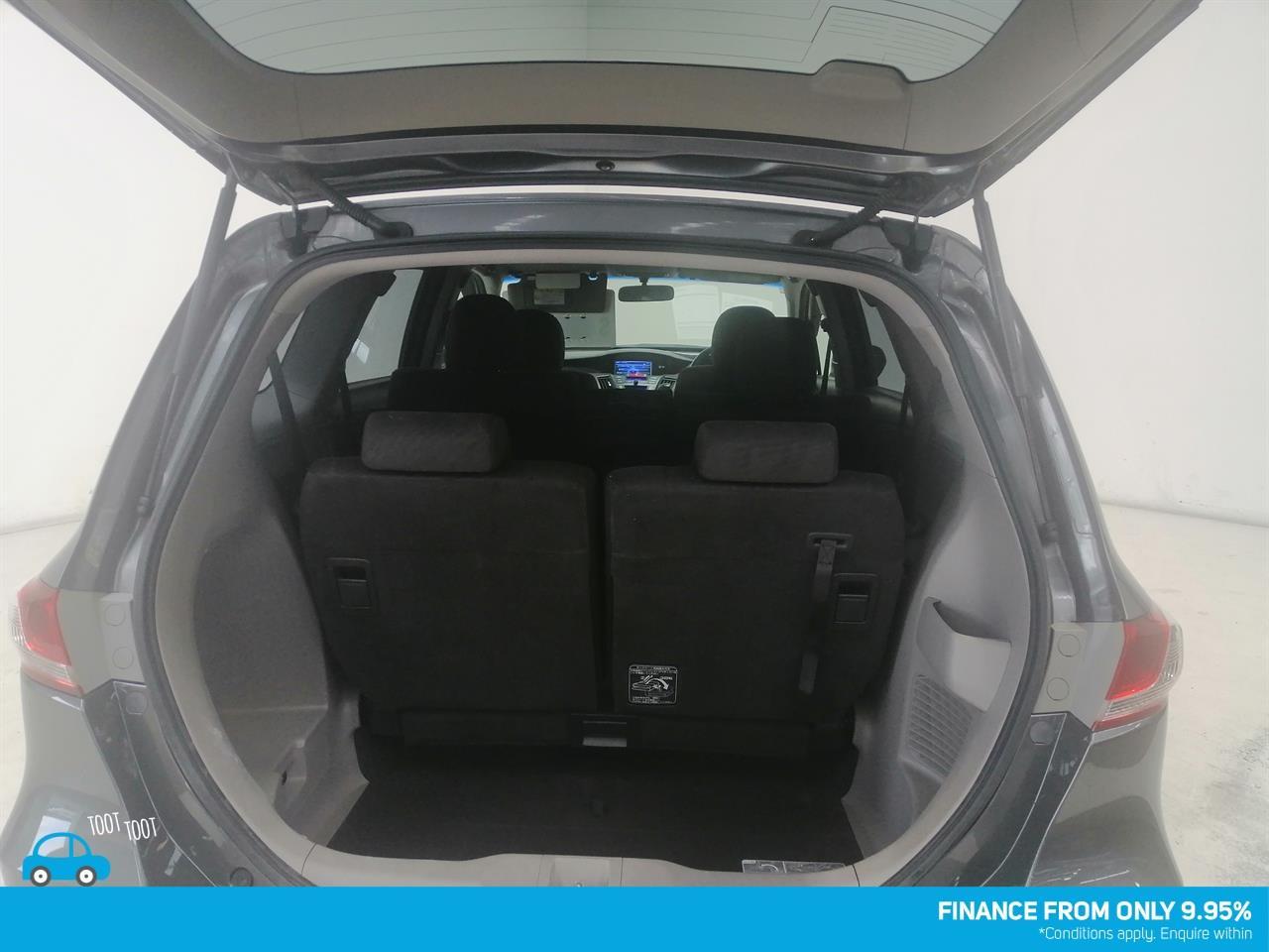 image-9, 2011 Honda Odyssey at Dunedin