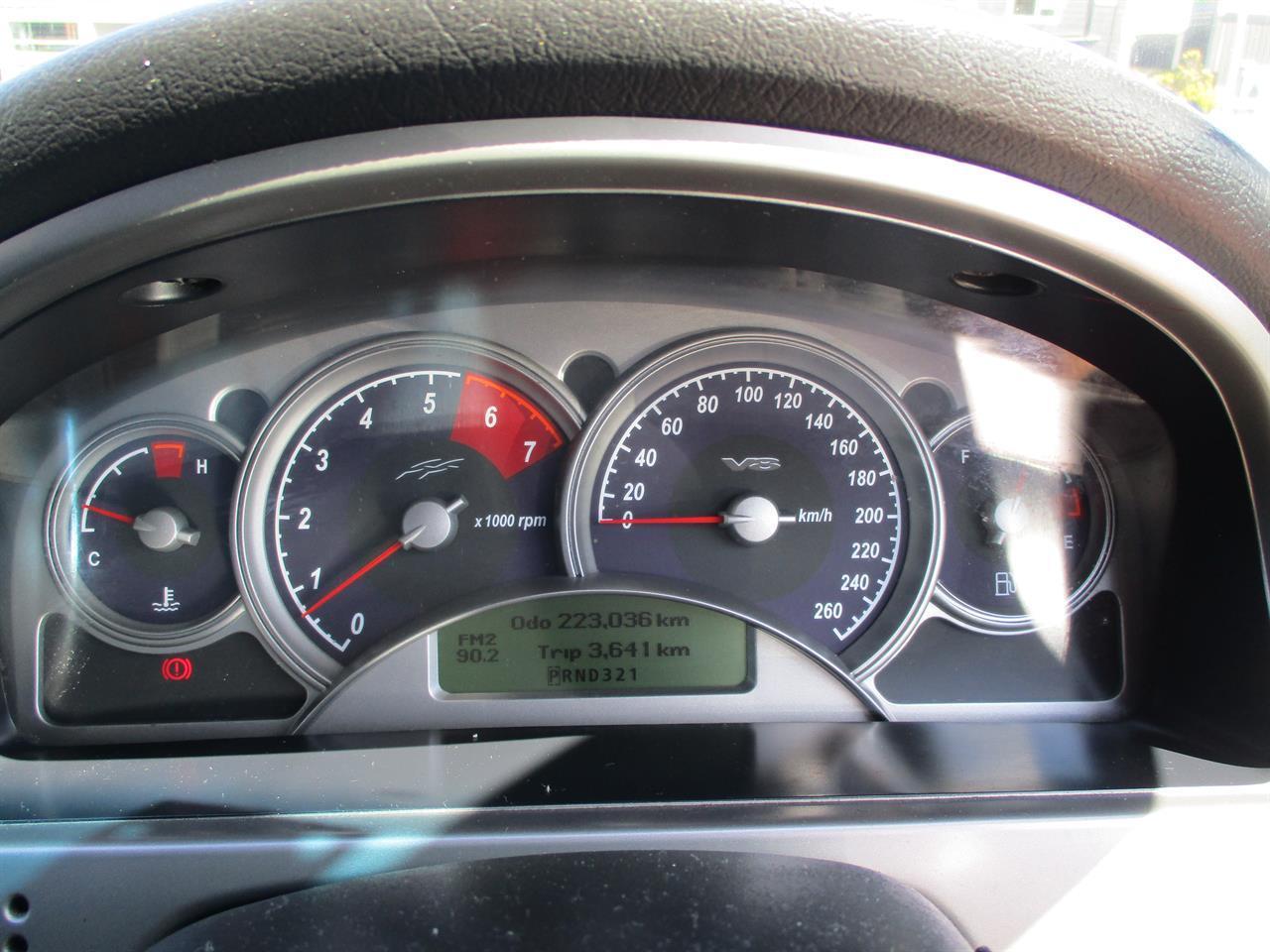 image-18, 2004 Holden Commodore SS AUTO V8 at Dunedin
