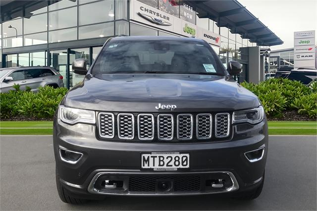 image-5, 2020 Jeep Grand Cherokee Overland 3.0Lt Diesel at Christchurch