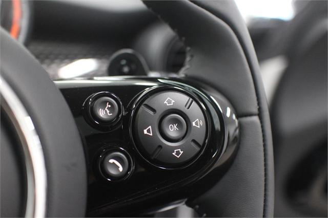 image-16, 2021 MINI Cooper S Hatch Chili at Christchurch
